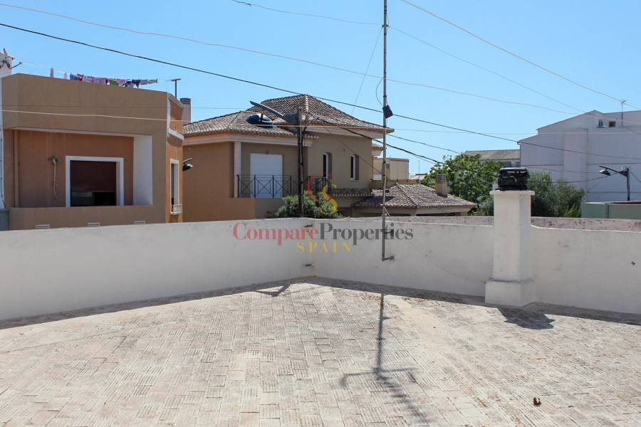 Sale - Townhouses - Ondara
