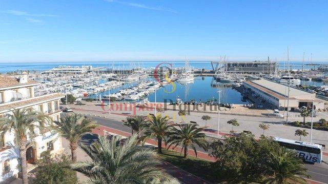Sale - Apartment - Dénia