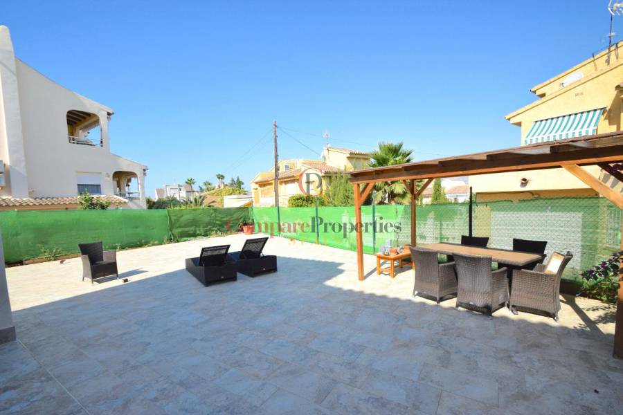 Sale - Semi-Detached Villa - Benidorm